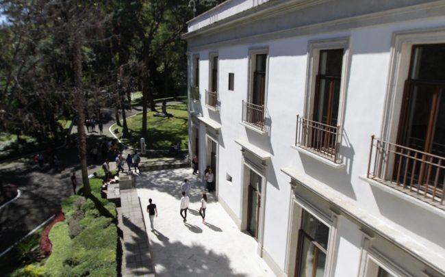 Centro Cultural Los Pinos seduce a miles