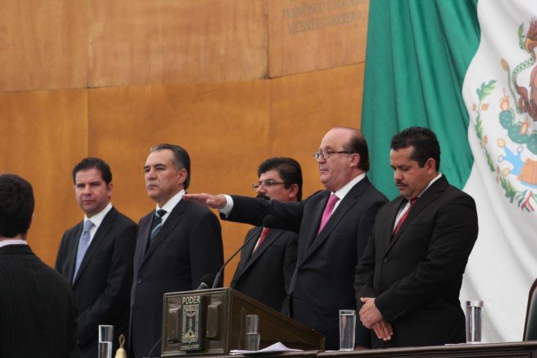 Asume Graco Ramírez gobierno de Morelos