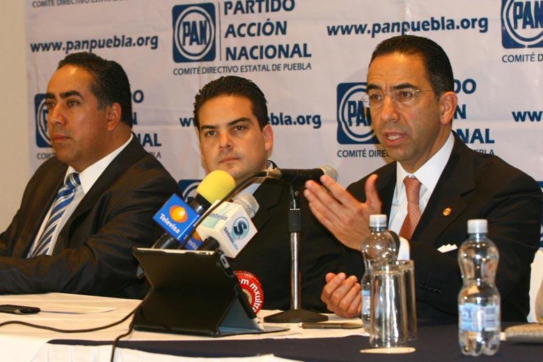 Va Lozano Alarcón por transparencia y democracia sindical en Senado