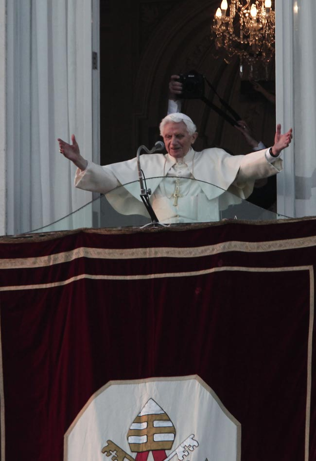 Soy un peregrino en la última etapa de su vida: Benedicto XVI