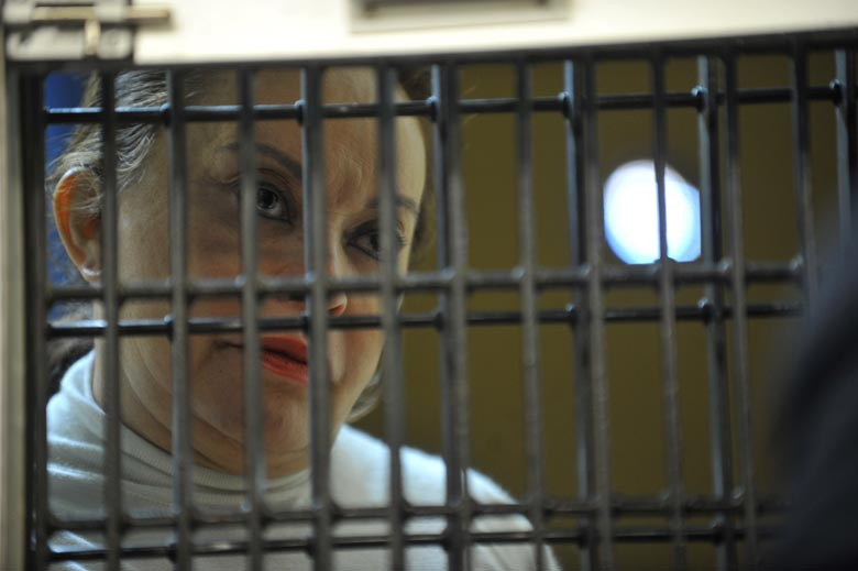 Dictan auto de formal prisión contra Elba Esther Gordillo
