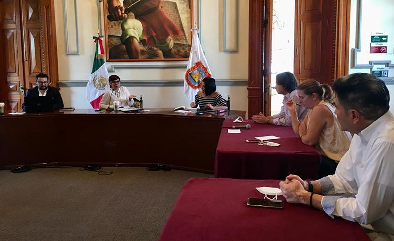 Gobierno de la Ciudad dialoga con comerciantes para sumar acciones a favor del Centro Histórico
