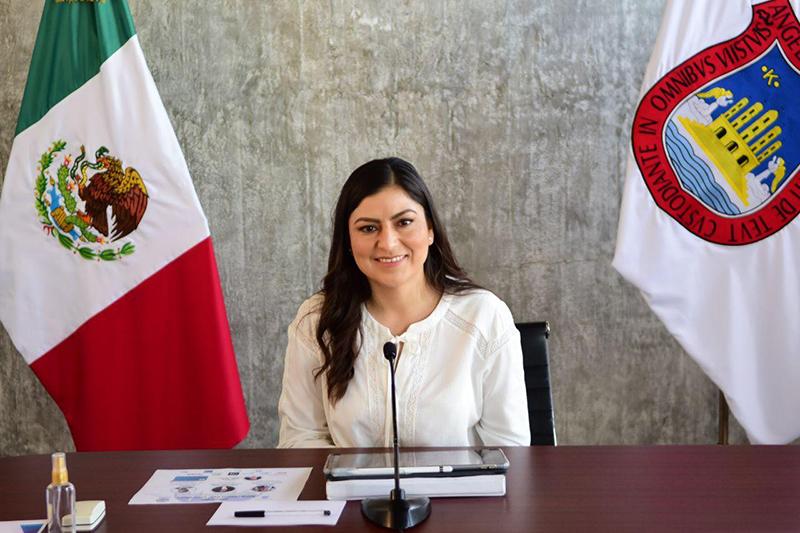 Claudia Rivera expone acciones inclusivas en foro de Ciudades Globales sobre desarrollo urbano