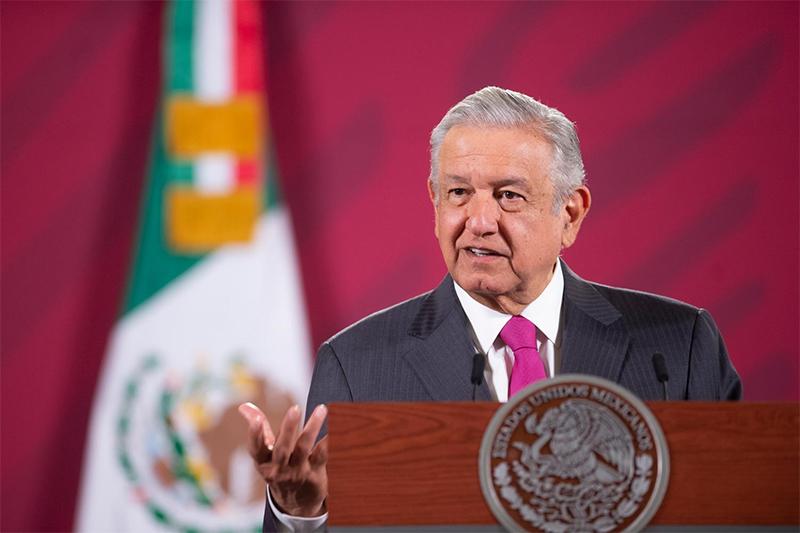 Tenemos que defender a Pemex y CFE, ni modo que a Iberdrola, señala López Obrador