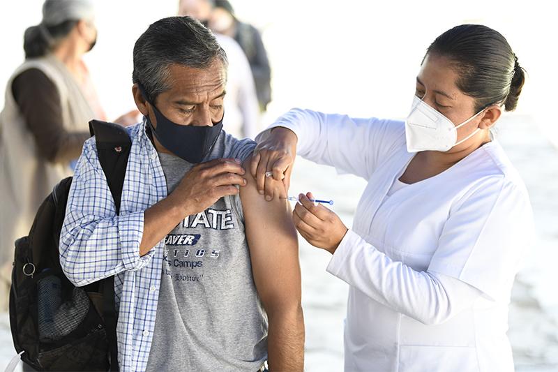 Inicia Salud campaña de vacunación contra la influenza en todo el estado
