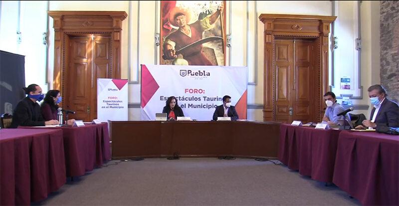Ayuntamiento de Puebla realiza foro para conocer las diferentes posturas en torno a las corridas de toros